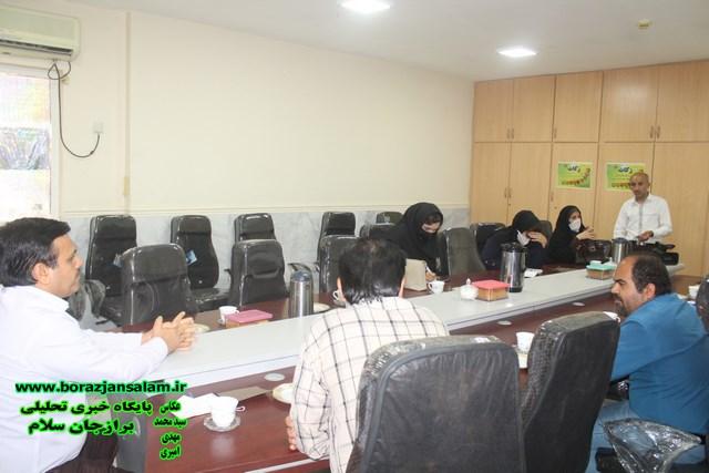 طرح اکرام و ایتام کمیته امداد امام خمینی منتظر کسانی است که مایلند با سخاوت مندی خود فرزندان یتیم را یاری رسانند .