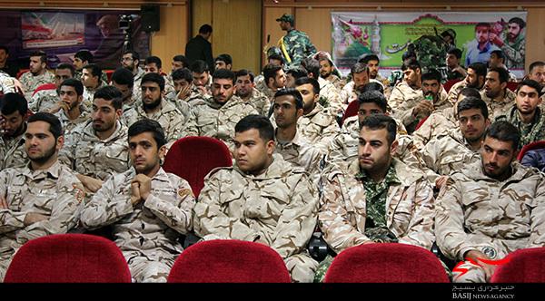 سربازان نمونه سپاه امام صادق (ع) تجلیل شدند