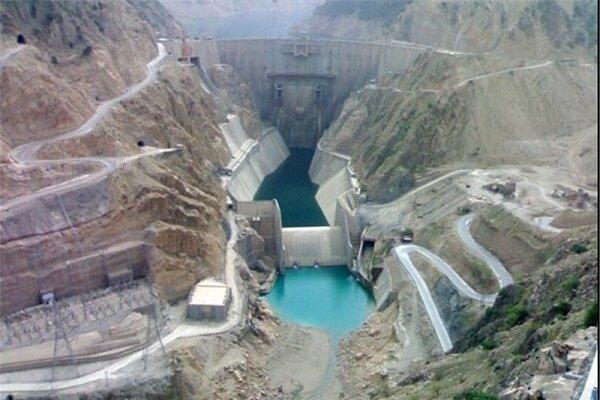 نماینده دشتستان ؛ استفاده از همه ظرفیت ها برای آبگیری سد دالکی در سال آینده
