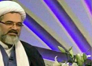 امام جمعه بیله سوار  در استخر ! /عکس
