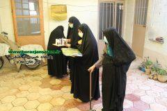 تصاویر سرکشی و حضور درب منازل خانواده شهدا و زنان ایثارگر به مناسبت هفته وحدت ؛ توسط دبیرخانه کانون های خدمت رضوی استان بوشهر برگزار شد